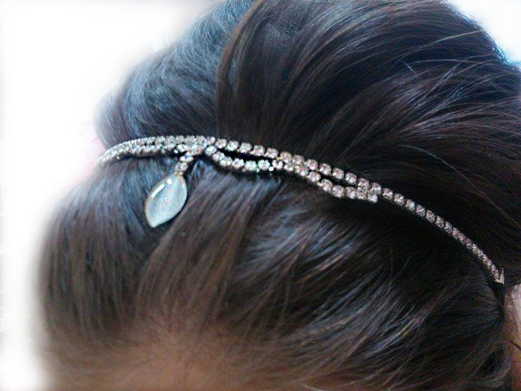 Štrasová čelenka do vlasů obloučky 5685-2  3aefc2feac
